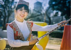 駒﨑 万集(ウズベキスタン音楽)